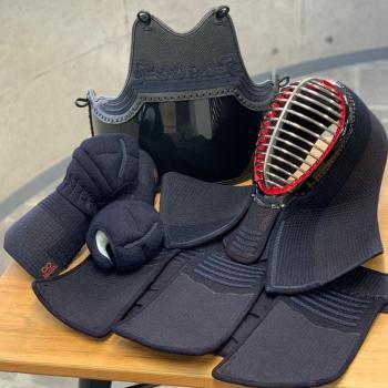 日本剣道具製作所 赤無限∞ 防具セット